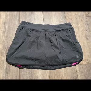Victoria Secret VSX sport Skort Size M